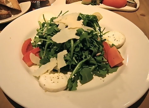I can't believe I actually found a picture of this salad!